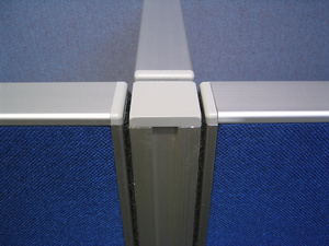 Velcro Screen Three-Way 'T' Post