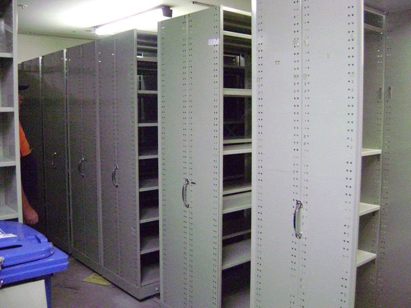 Select Second Hand Shelving
